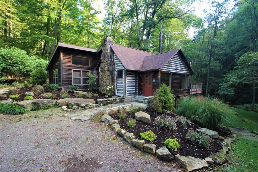 Enjoy this lovingly restored log cabin!
