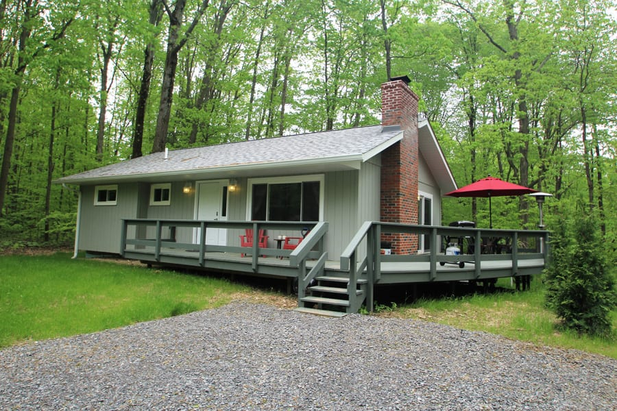 Enjoy this 3BR, 3BA cottage as your next getaway!