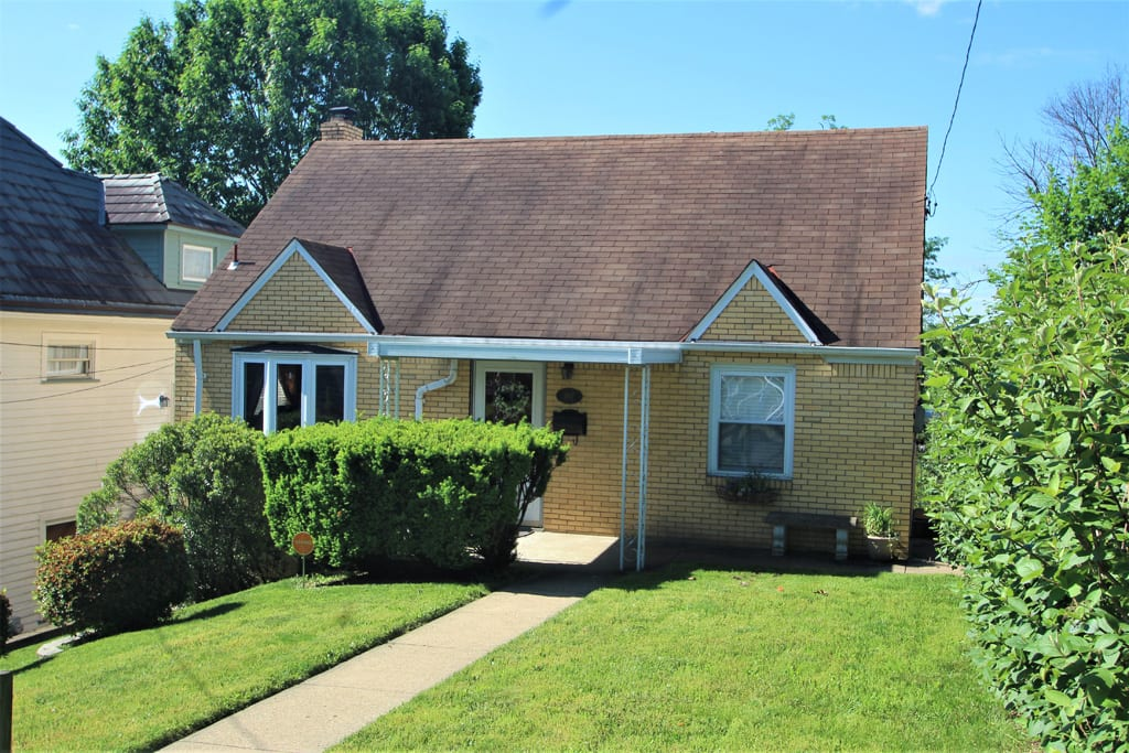 Welcome to this Pittsburgh Gem! 3 Bedrooms, 2 bathroom bungalow!