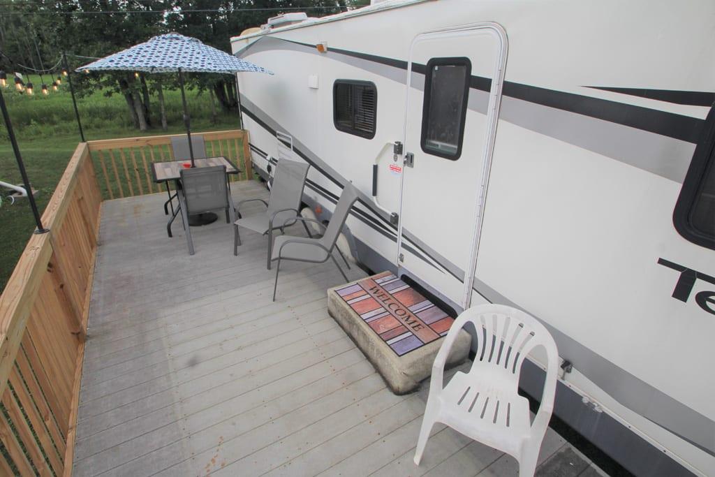 Enjoy the spacious deck!