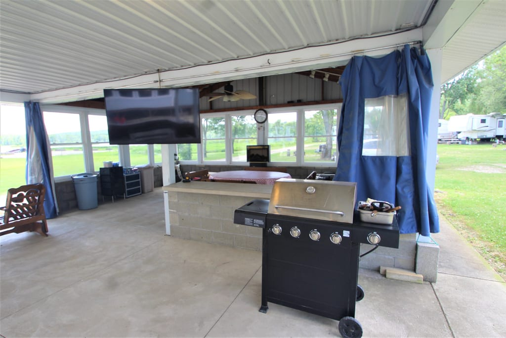 Big Screen TV--perfect for the Sunday race or Big Game!