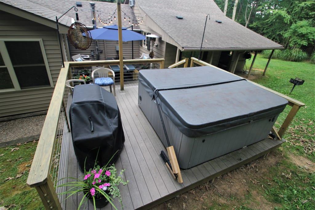 8 person Hot Tub/Spa---all season enjoyment!  Gas grill (propane provided)