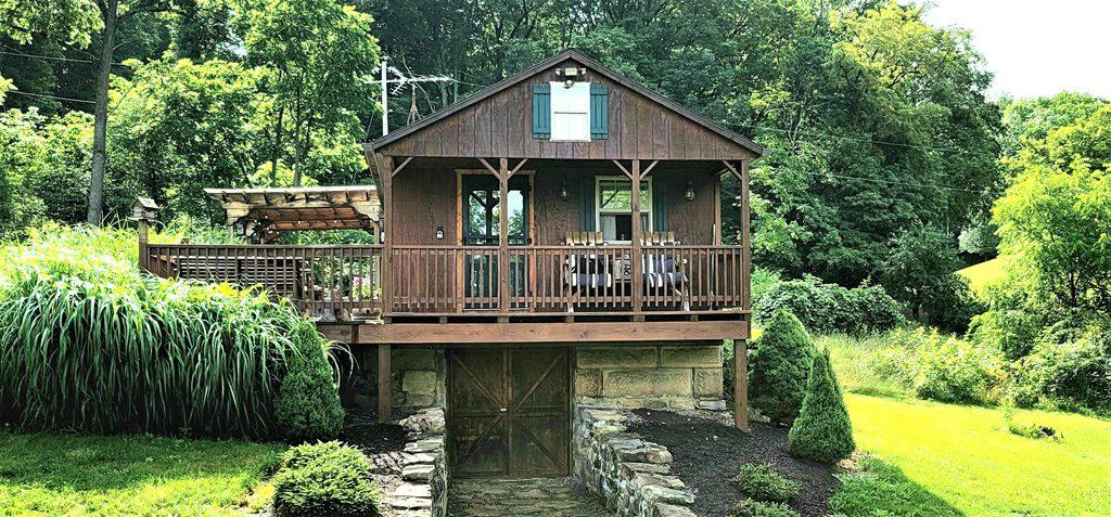 Enjoy the Simple Life Getaway!  1 Bedroom, with sleeping loft awaits!