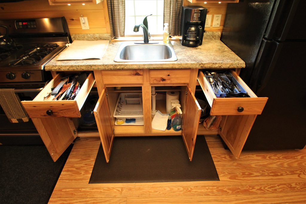 Small but well equipped kitchen!