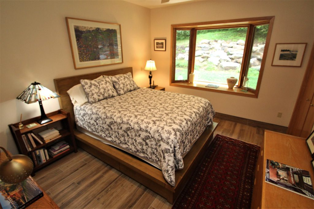 All bedrooms feature queen size beds for ultimate comfort!